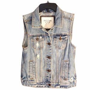 Abercrombie & Fitch Distressed Denim Vest Size S